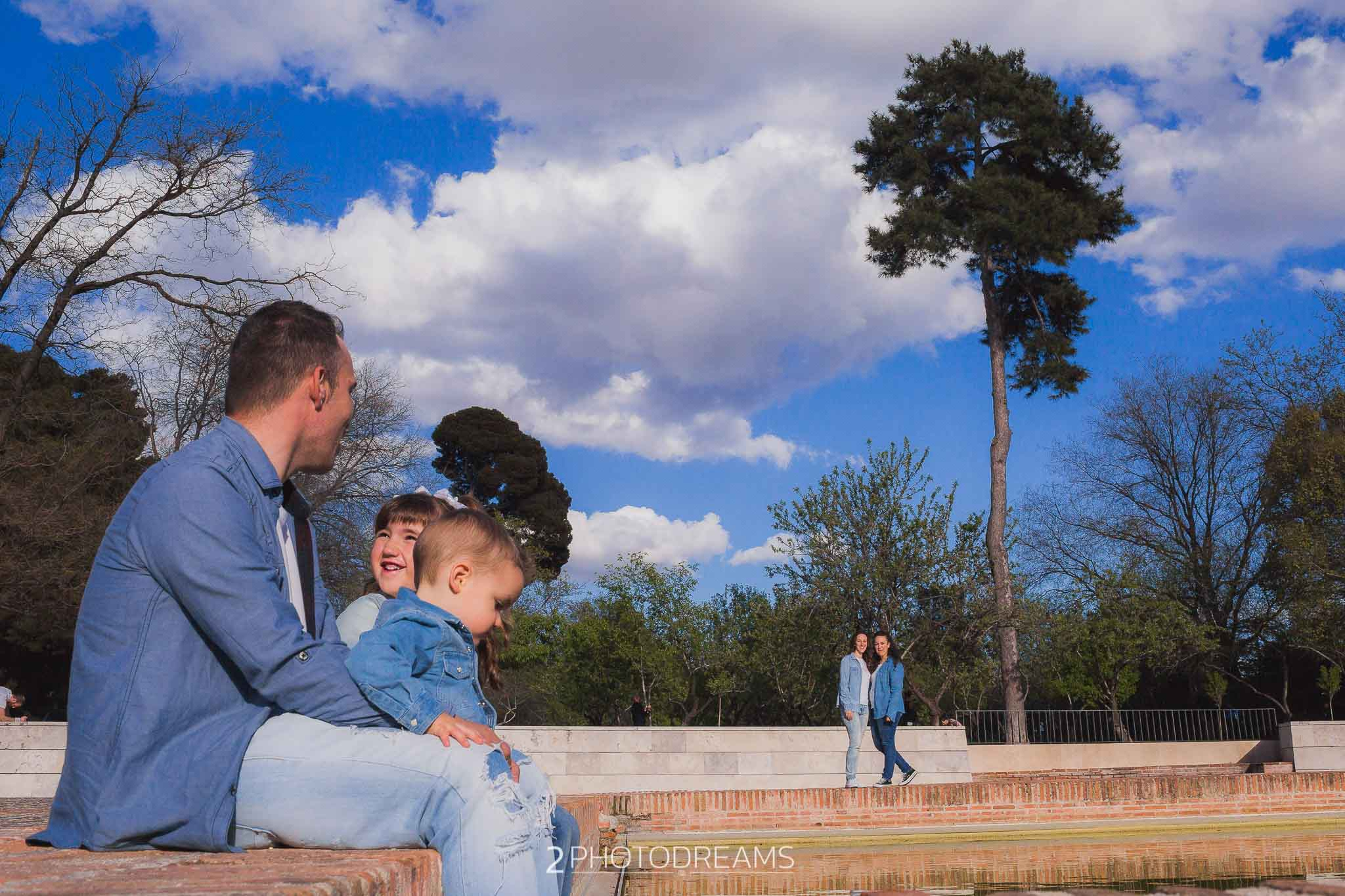 Family photo sesion Rowntree Park York Yorkshire